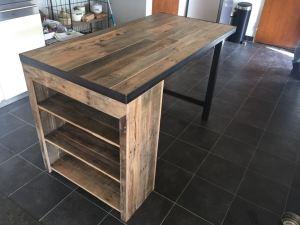 Keukentafel eiken sloophout en stalen frame