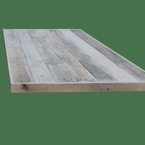 4. Sloophout breed tafelblad