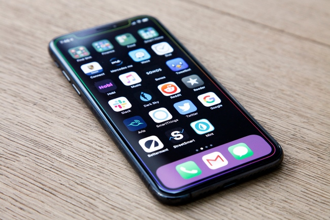 Things to Know About yet to Release Apple iPhone 11R 1