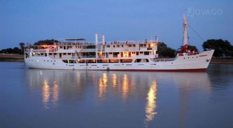 3.-Bou-El-Mogdad-Senegal-River