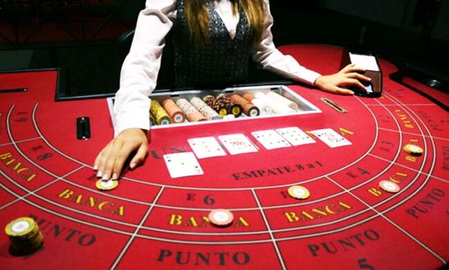 Punto Banco (American Baccarat)