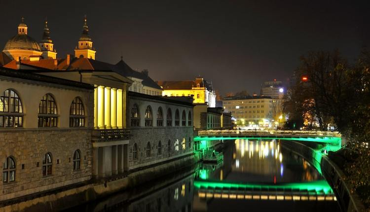 clear_night_Ljubljana