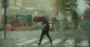 Weather never changes: roads flooded, lightning struck a house near Kranj (VIDEO)