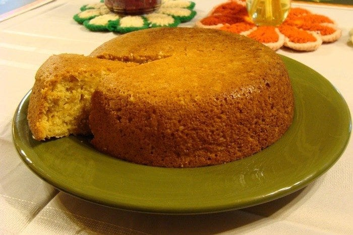 Crock Pot Cornbread! Visit us @ https://www.slowcookerkitchen.com