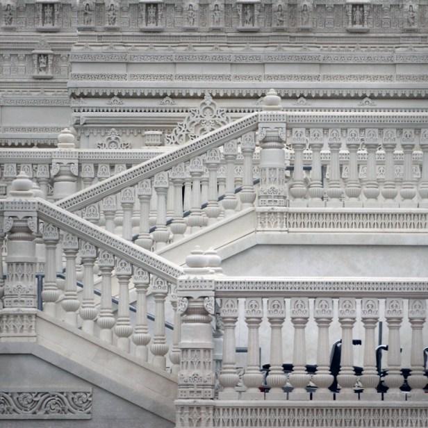 Lilburn Mandir Temple Steps© Vicki Hunt