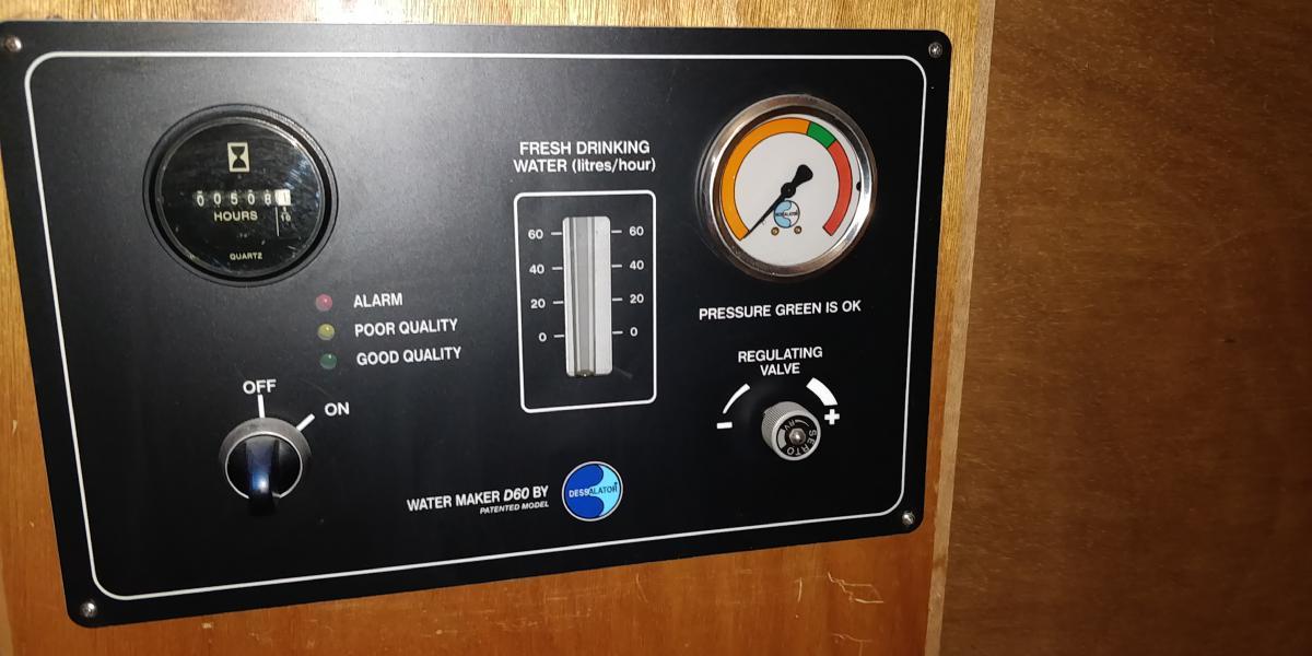 Panneau commande dessalateur