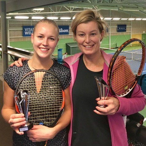 Jessica Widmark tog storslam och vann även DSA. I finalen besegrade hon Lotta Leuckfeldt t.h.