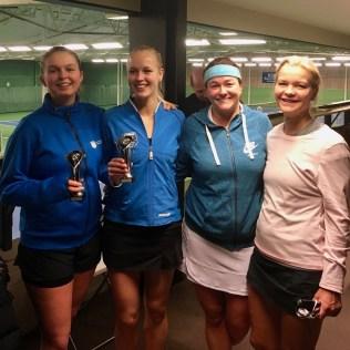 I Damdubbelfinalen vann Lovisa Engstrand/Jessica Widmark över Åsa Hedin/Maria Bronett.