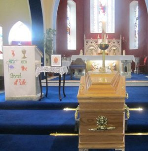 Coffin-before-the-Altar