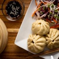 Bao buns fylt med kinesisk pulled pork