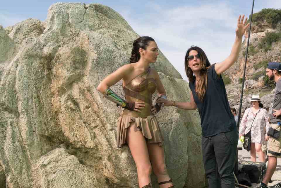 Patty Jenkins is directing Wonder Woman 2!