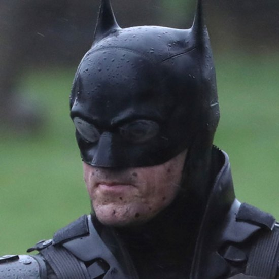 The Batman Leaked Set Photos Gives First Look At Robert Pattinson's Batsuit And Batcycle