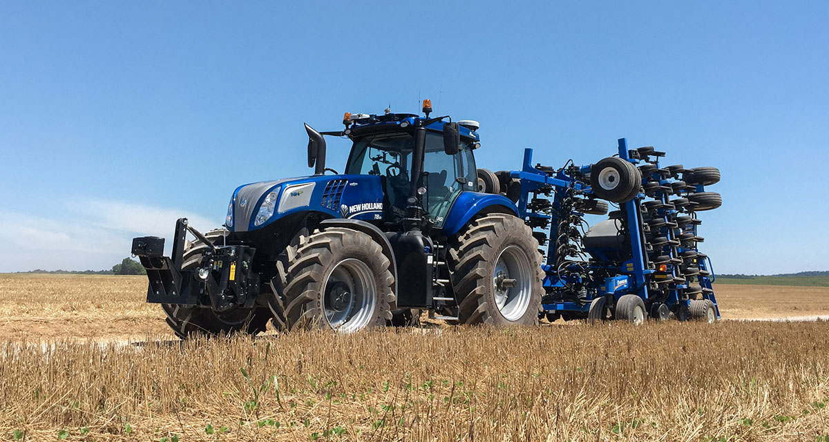 Driverless tractor wows at major Australian field days