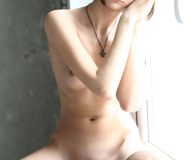 Pictures The Little Belly Pure Teen Pussy And Young Boobs Of A Small Young Nude