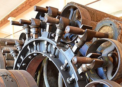 Lamond Carding Engine, Early 19thc, made in USA (Mass). CSTM 1981.0614.001. Restored by Lizz Thrasher and currently on display at the Mississippi Valley Textile Museum, Almonte, ON.