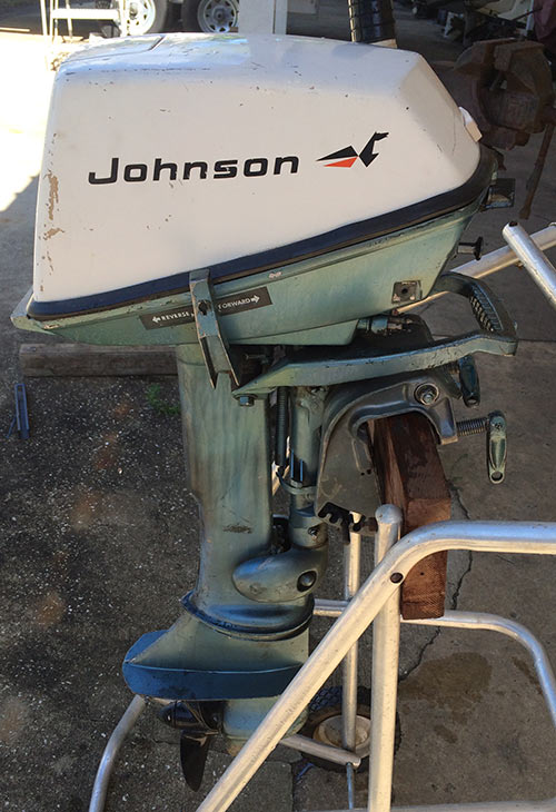 Motors Outboard Chrysler Boat