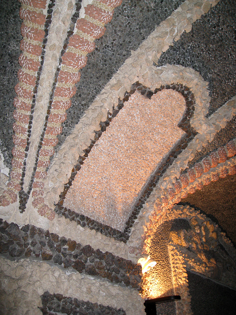 (above) Another detail of the grotto ceiling in the palazzo on Isola Bella.