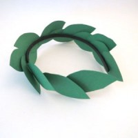 Laurel Wreaths Three Ways
