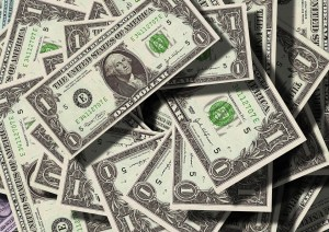 Money you will earn if you declutter your household by selling your items