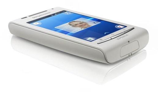 Sony_Ericsson_Xperia_X8_White_03
