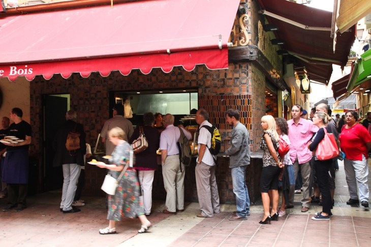 Bar René Socca, Nicola Bramigk
