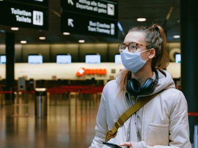 Cosa fare per combattere la crisi per il settore turismo? Ivoucher e le gift card per agenzie viaggi possono essere una soluzione tampone nell'immediato.