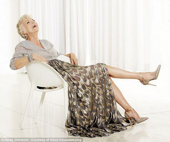 Julie Walters style