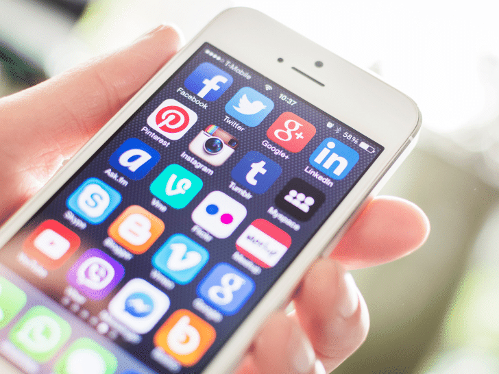 social media apps for working online