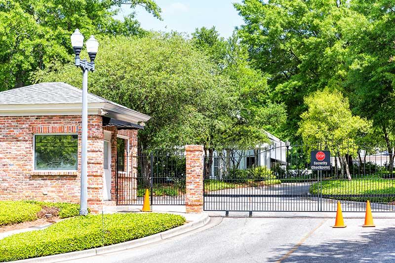 Medina driveway gate installation company ohio