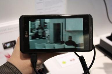 LG Optimus 3D (7) [600 breit]