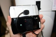 Sony Ericsson Xperia Play (4) [600 breit]