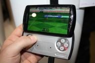 Sony Ericsson Xperia Play (5) [600 breit]
