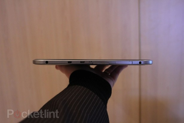 toshiba-13-3-inch-tablet-tegra-3-pictures-hands-on-13
