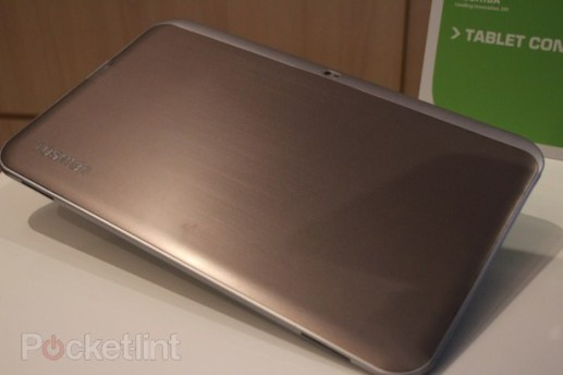 toshiba-13-3-inch-tablet-tegra-3-pictures-hands-on-6