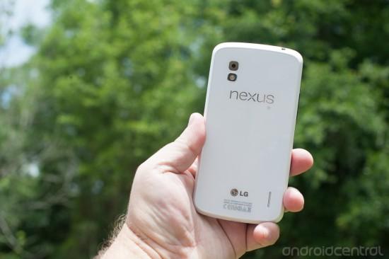 nexus-4-white-3
