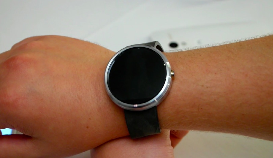 Moto 360 hands-on