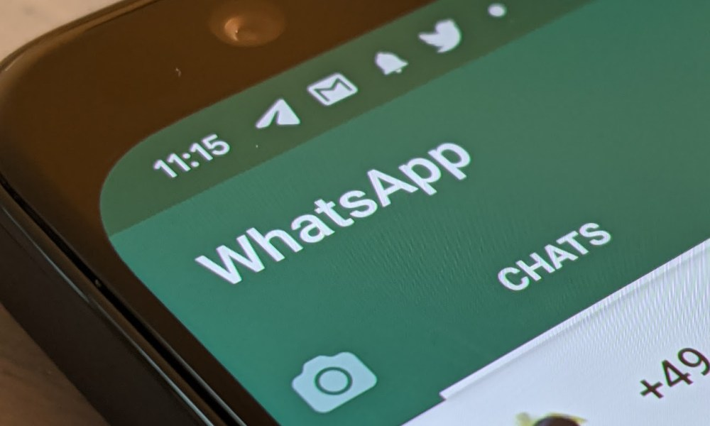 WhatsApp App Screenshot Header