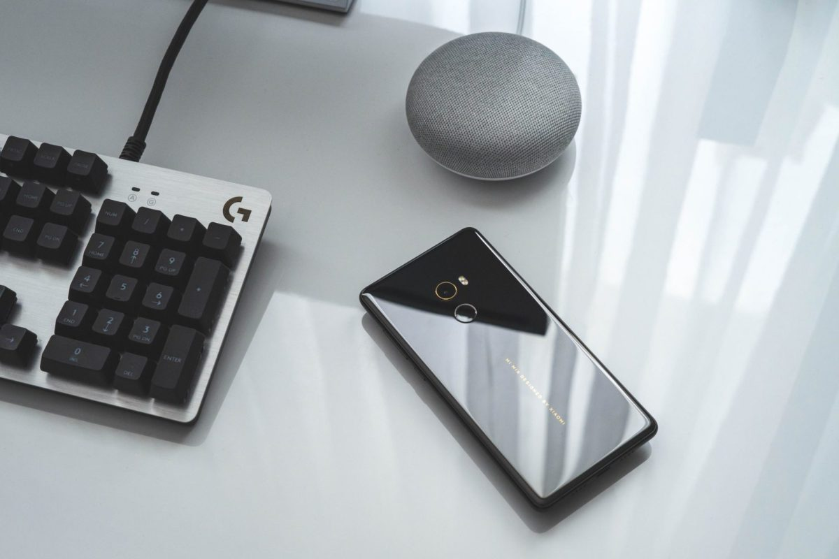 Xiaomi Mi Phone head