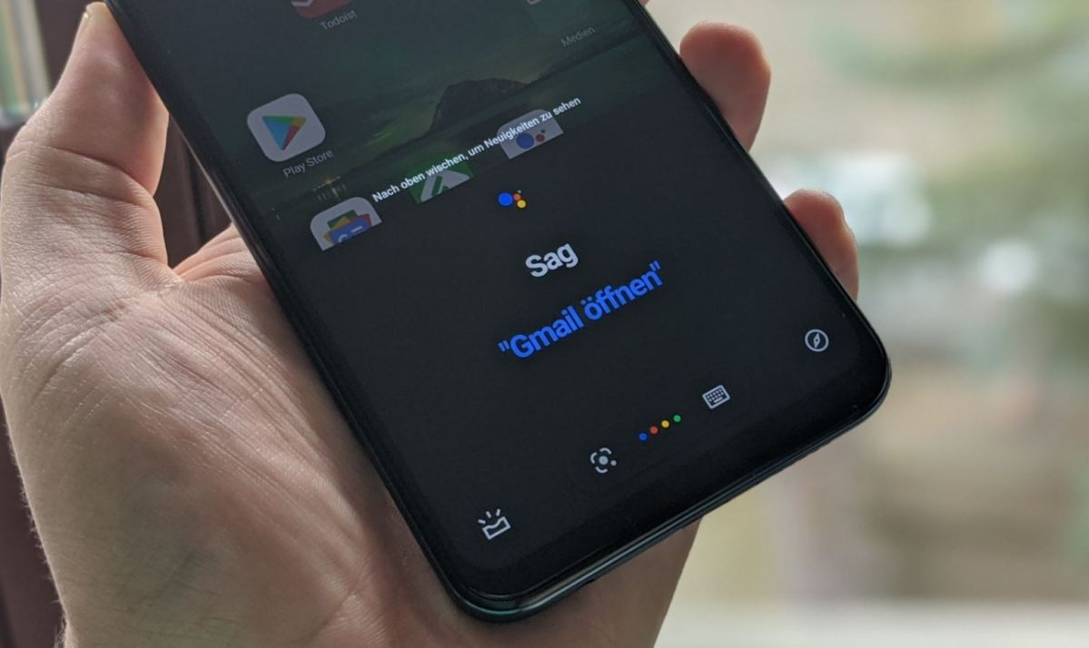Google Assistant Feed Head