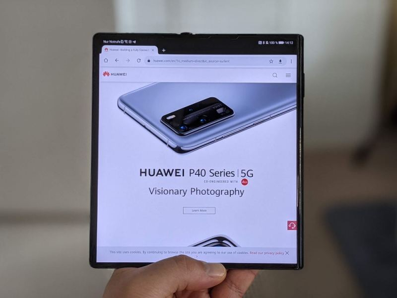 Huawei Mate Xs Aufgeklappt Head