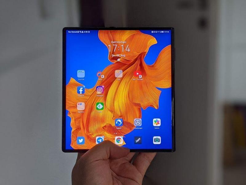Huawei Mate Xs Aufgeklappt