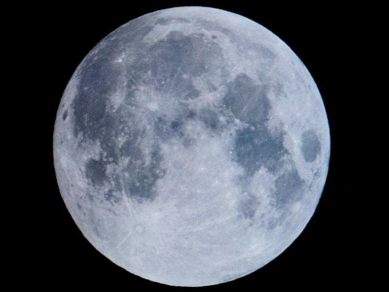 Moon Header Chuttersnap Pe8ww245aik Unsplash