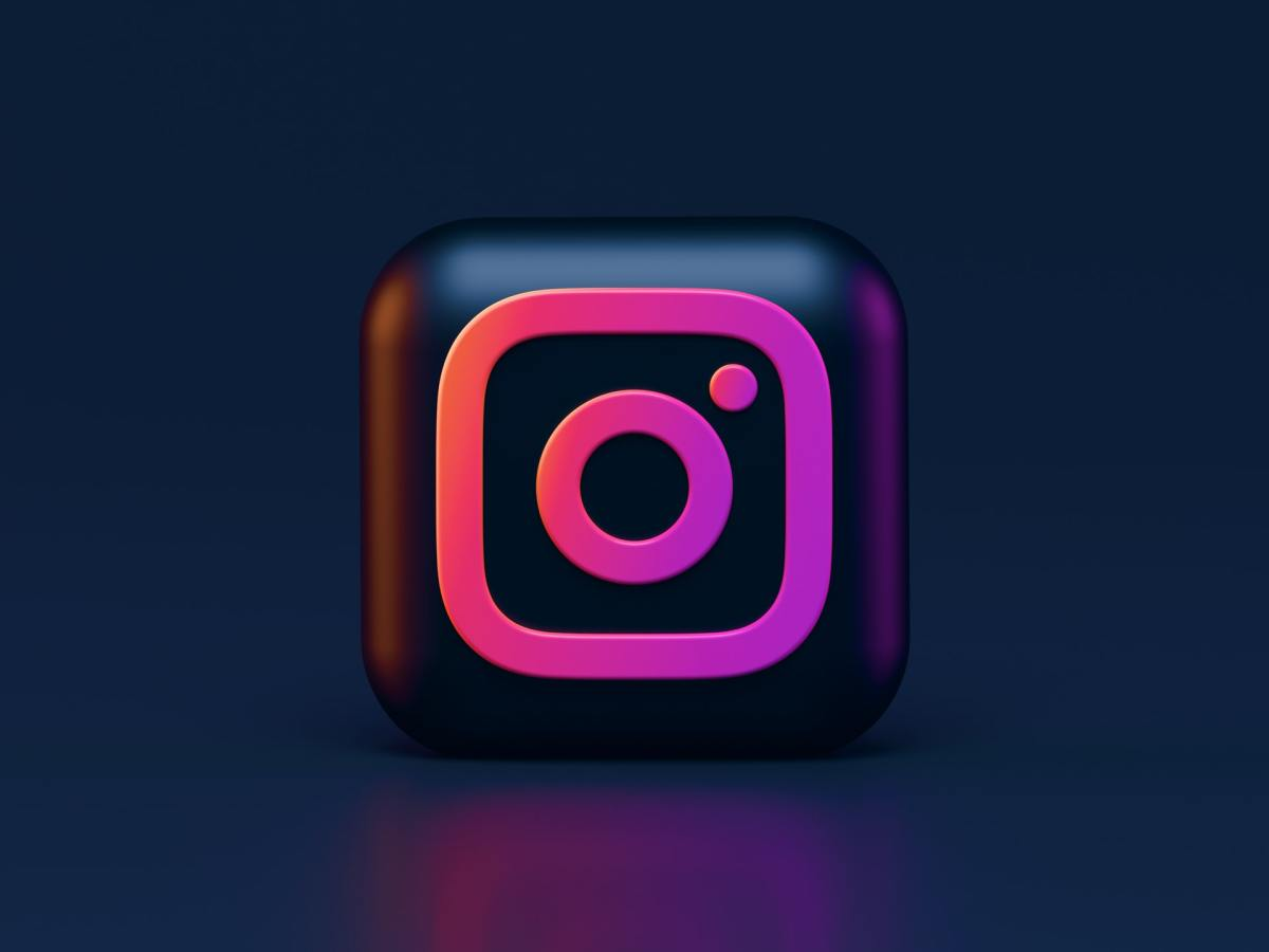 Instagram Dark Mode 3d Icon Alexander Shatov 71qk8odibko Unsplash