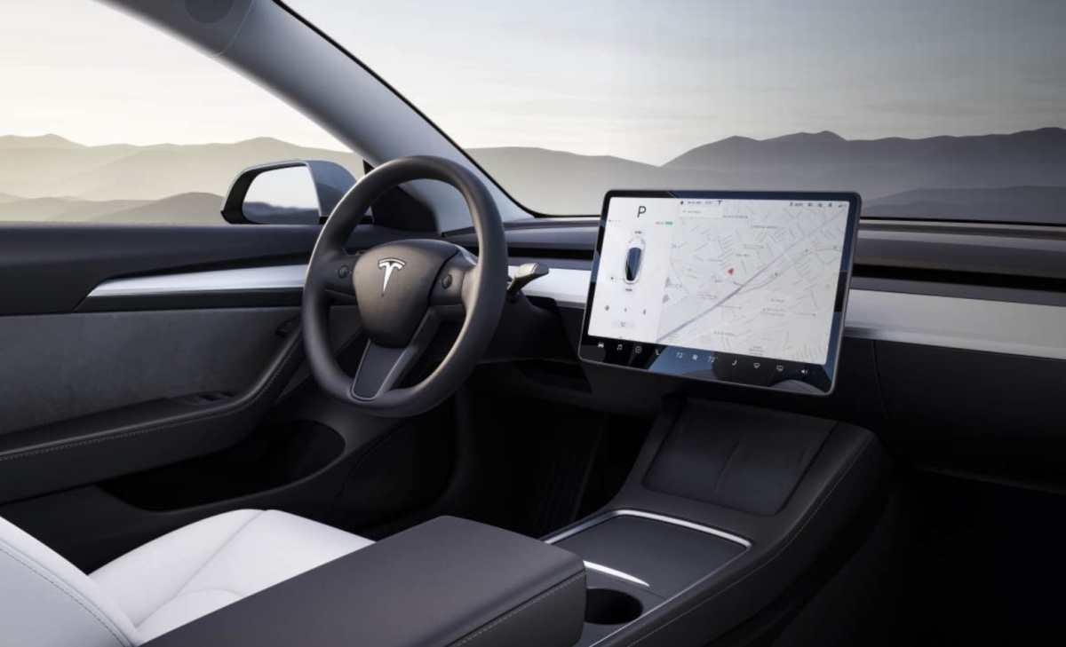 Tesla Model 3 Bildschirm