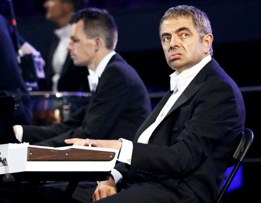 mr. bean playing piano in olympics 2012