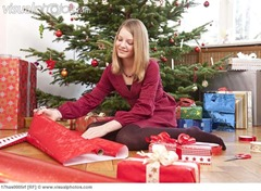 3. wrapping gifts and making hampers to sell