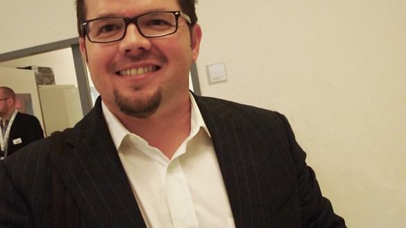 Deutschland ist kommunikativ kein Weltmarktführer! Smarter Service Talk mit Michael Buck.