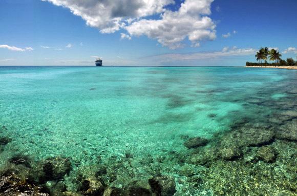 Fly free to the Bahamas