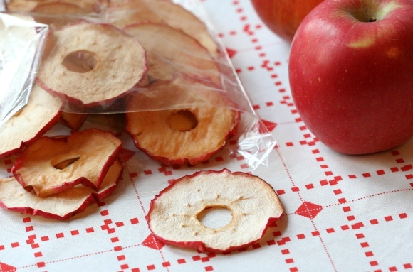 Oven-Dried Apple Chips