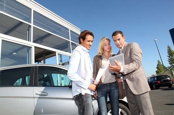 Get Around the Extra-Driver Car-Rental Charge